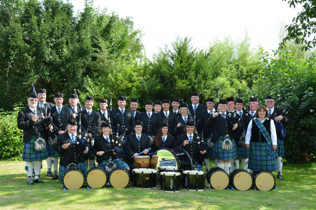 1st Thistle Highlanders Drums and Pipes